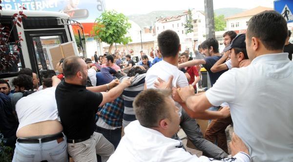 Tokat'ta, Lice Protestocularına Linç Girişimi