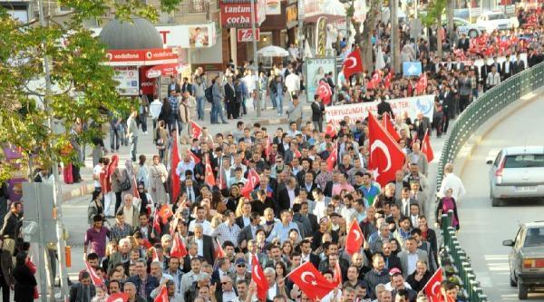 Tokat'ta Türkçülük Günü Yürüyüşü Düzenlendi