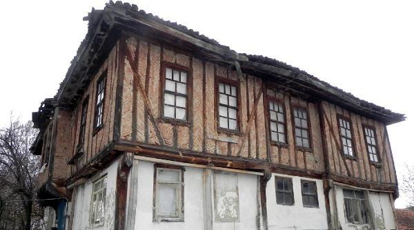Toki'ye Tarihi Yapıların Restorasyon Kredisi İçin 104 Başvuru