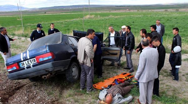 Tomarza'da Kaza: 2'si Ağır, 3 Yaralı