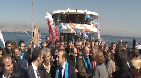 Topbaş Ve Bağış Chp Seçim Bürosundaki Partililerle Tokalaştı