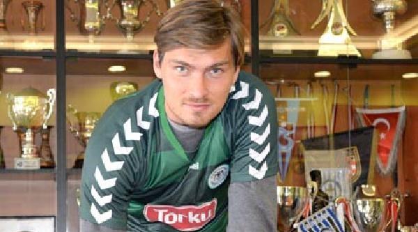 Torku Konyaspor Kaleci Vid Belec İle 1 Yıllık Sözleşme İmzaladi