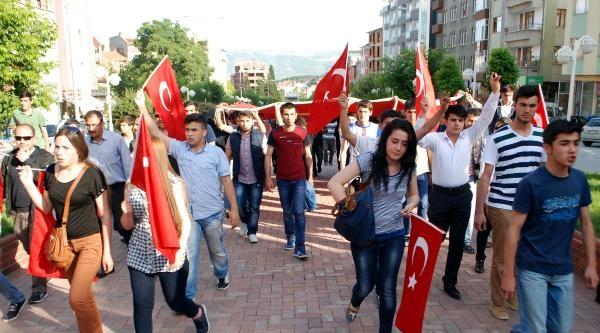 Tosya'da 'bayrağa Saygı' Yürüyüşü