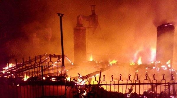 Tosya'da Hamam Yandı