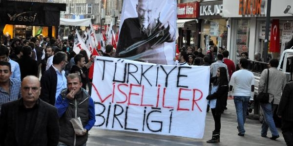 Trabzon'Da 'atatürk'ü Anma' Yürüyüşü