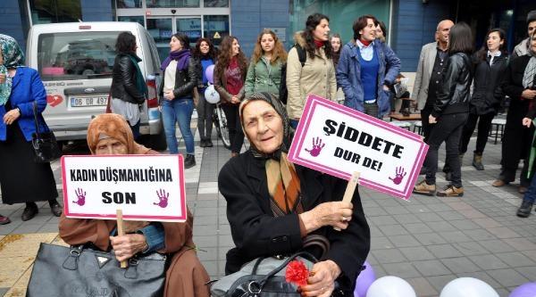 Trabzon'da Horonlu Kadınlar Günü Kutlaması