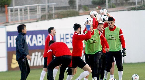 Trabzonspor 6 Eksikle Çalişti