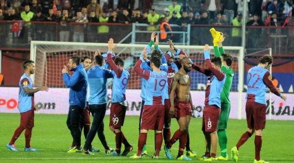 Trabzonspor - Apollon Limassol Maçi Ek Fotoğraflar