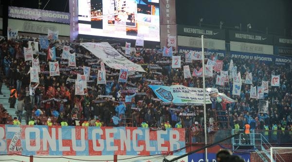 Trabzonspor-Bursaspor Maçi Fotoğraflari