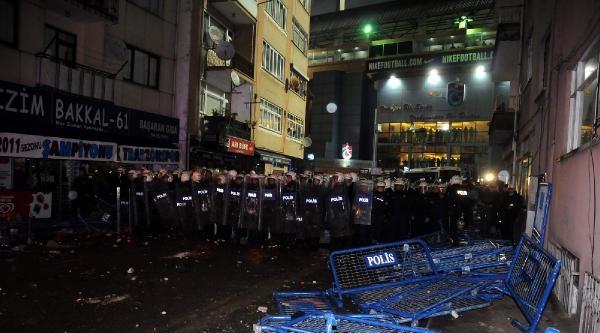 Trabzonspor - Fenerbahçe Maçı Olay Fotoğrafları