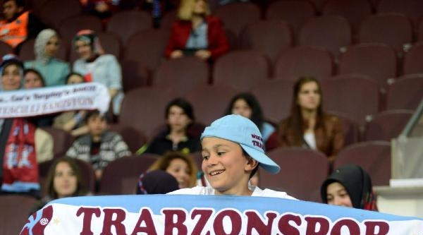 Trabzonspor - Galatasaray Maçı Fotoğrafları