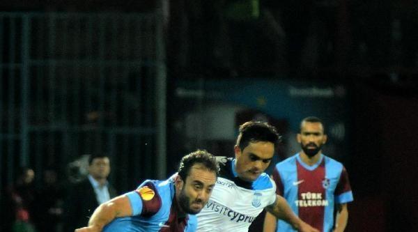 Trabzonspor Gomis Ve Toure İle Görüşüyor