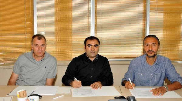 Trabzonspor Medical Park Hakan Demir'le Sözleşme Yeniledi