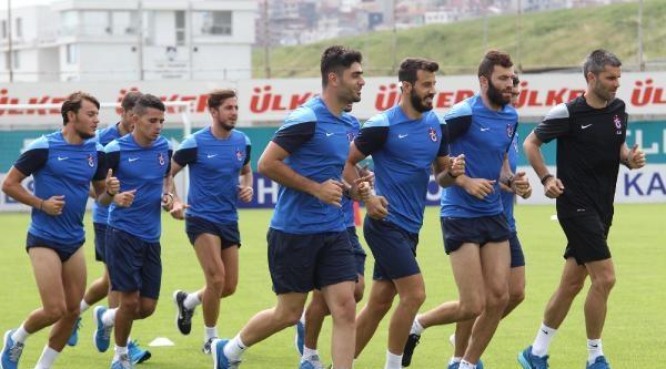 Trabzonspor Taraftarı Forveti Bekliyor