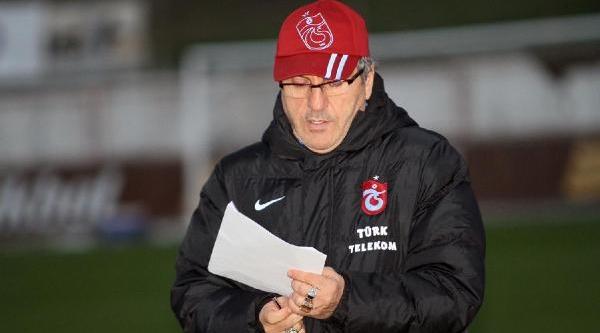 Trabzonspor Teknik Direktörü Akçay En Az Üç Takviye Istedi