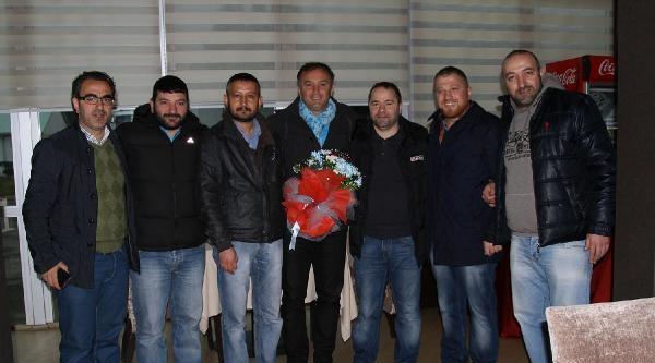 Trabzonspor'da Mustafa Yumlu Ve Bosingwa Salonda Çalişti