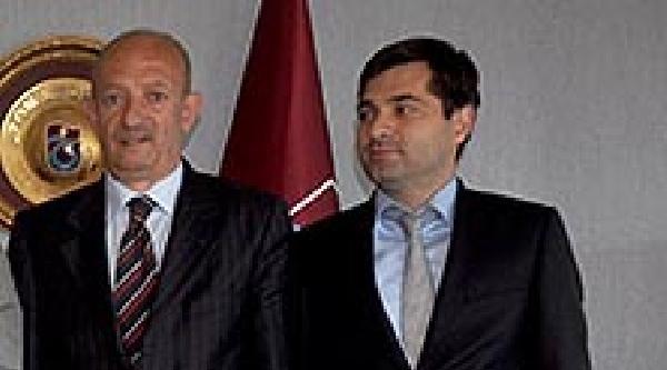 Trabzonspor'da Yönetici Bozoğlu İstifa Etti