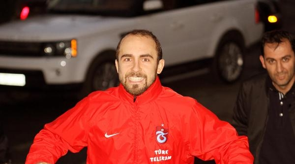 Trabzonsporlu Adrian Al Nasr Yolcusu