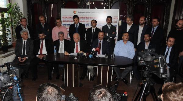 Trabzonsporlu Eski Yöneticiler Hacıosmanoğlu'nu İstifaya Davet Etti