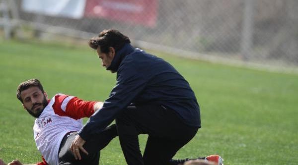 Trabzonsporlu Futbolcular Kaleye Geçti