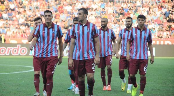 Trabzonspor'un İdman Maçında Cardozo İki Gol Attı