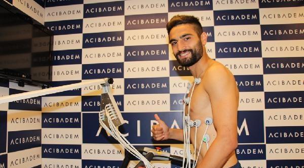 Trabzonspor'un Yeni Transferi Mehmet Ekici, Sağlık Kontrolünden Geçti