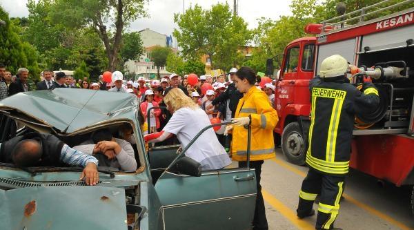Trafik Kazası Tatbikatı Gerçeği Aratmadı