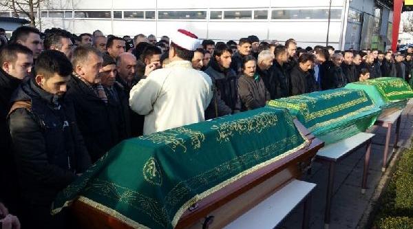 Trafik Kazasinda Ölen 3 Türk Için Cenaze Töreni Yapildi