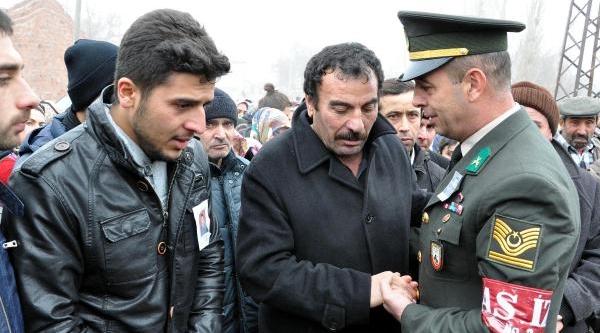 Trafik Kazasinda Ölen Astsubay Yozgat'ta Son Yolculuğuna Uğurlandi