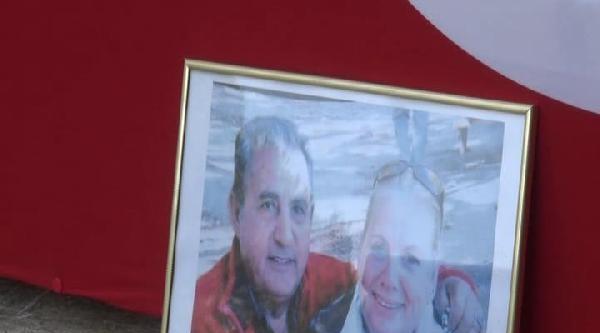 Trafik Kazasında Ölen Emekli Albay Ve Eşi Son Yolculuğuna Uğurlandı
