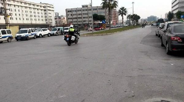 Trafik Polisi Ölümden Döndü