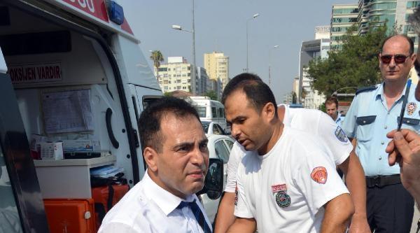 Trafikte Tartıştığı Sürücü Bıçaklayıp Kaçtı