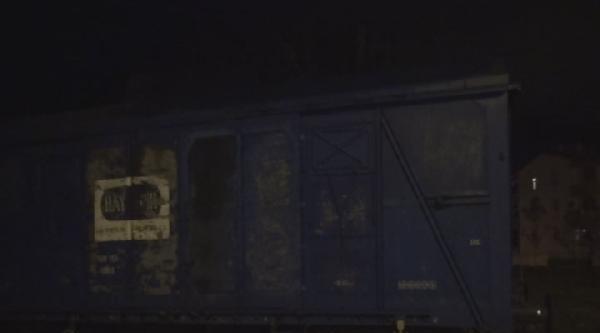 Tren Hemzemin Geçitte Minibüse Çarpti, O Anlar Kameraya Yansıdı