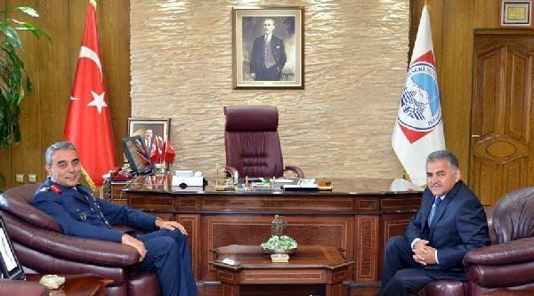 Tuğgeneral Bakır'dan Başkan Büyükkılıç'a Veda Ziyareti