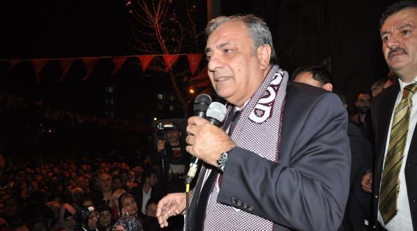 Tuğrul Türkeş: Başbakan Aile İçi Meseleleriyle Ülkeyi Meşgul Ediyor