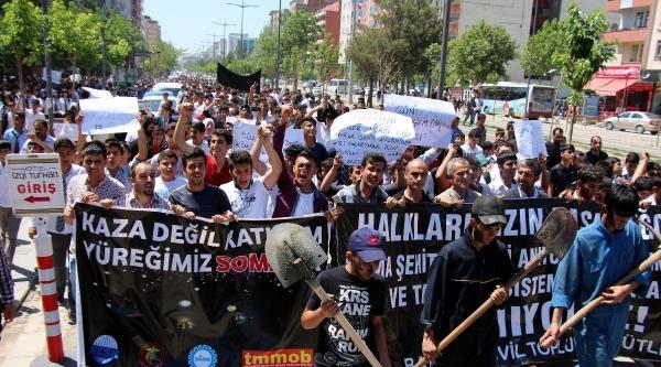 Tunceli Ve Şirnak'ta 'soma' Protestosu (2)