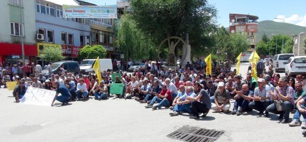 Tunceli'de Bdp'liler Lice'de 2 Kişinin Ölümünü Protesto Etti