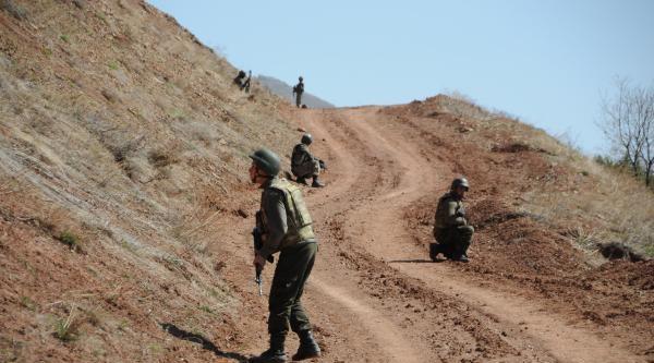 Tunceli'de Karakol Yoluna Tuzaklanmış 30 Kilo Bomba Bulundu