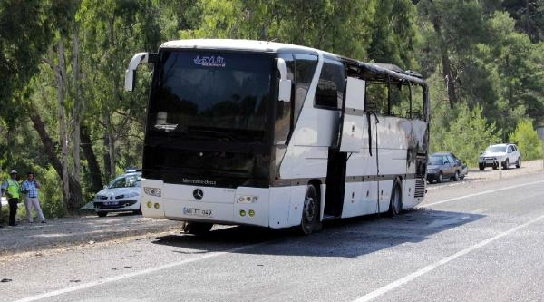 Tur Otobüsünde Yangın