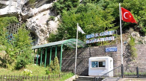 Turistik Mağaranın Kapalı Olmasına Tepki