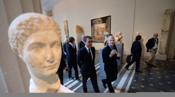 Turizm Bakanı Çelik Metropolitan Müzesi'ni Gezdi