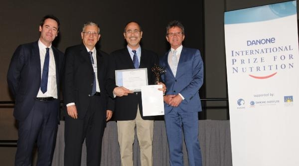 Türk Bilim Adamına  Büyük Ödül