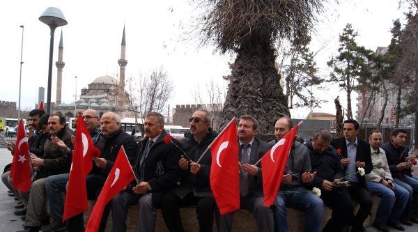 Türk Eğitim- Sen, Hocalı Katliamını Andı