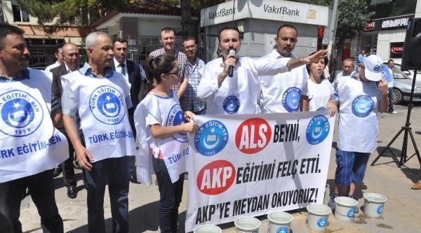Türk Eğitim-sen'den Buzlu Su Eylemi
