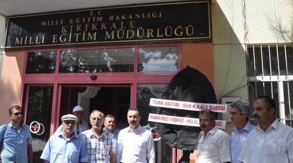 Türk Eğitim-sen'den Siyah Çelenk