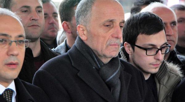 Türk-Iş Başkani Ergün Atalay'in Annesi Öldü (2)