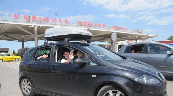 Türk İşçiler Tatilerini Seçime Göre Ayarladı