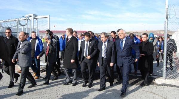 Türk Ve Avrupali Parlamenterler, Konteyner Kenti Ziyaret Etti