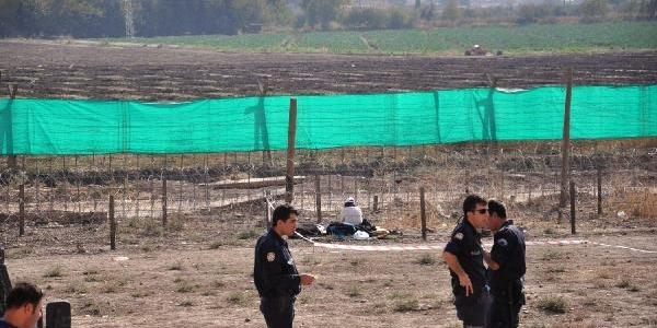 Türk Ve Tuğluk, Sinirda 'duvar' Eylemi Yapan Başkani Ziyaret Etti