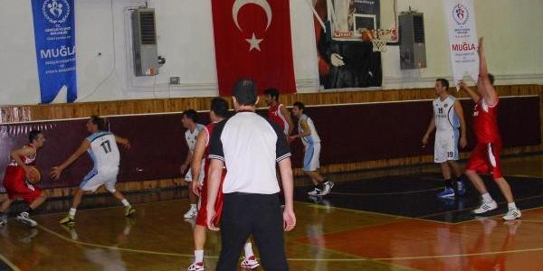 Türk-Yunan Dostluk Maçi